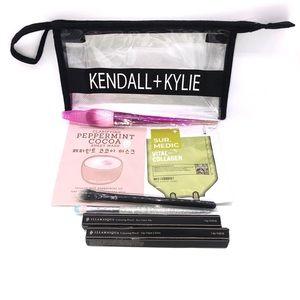 Kendall & Kylie Makeup Bag with Brushes,Eyeliner
